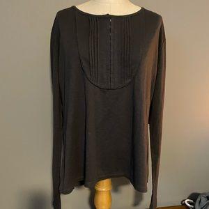 Woman's NWT Lee long sleeved t-shirt.